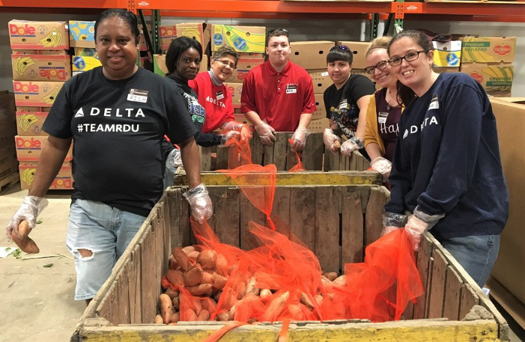 Delta volunteers at Food Bank CENC on Giving Tuesday 2017